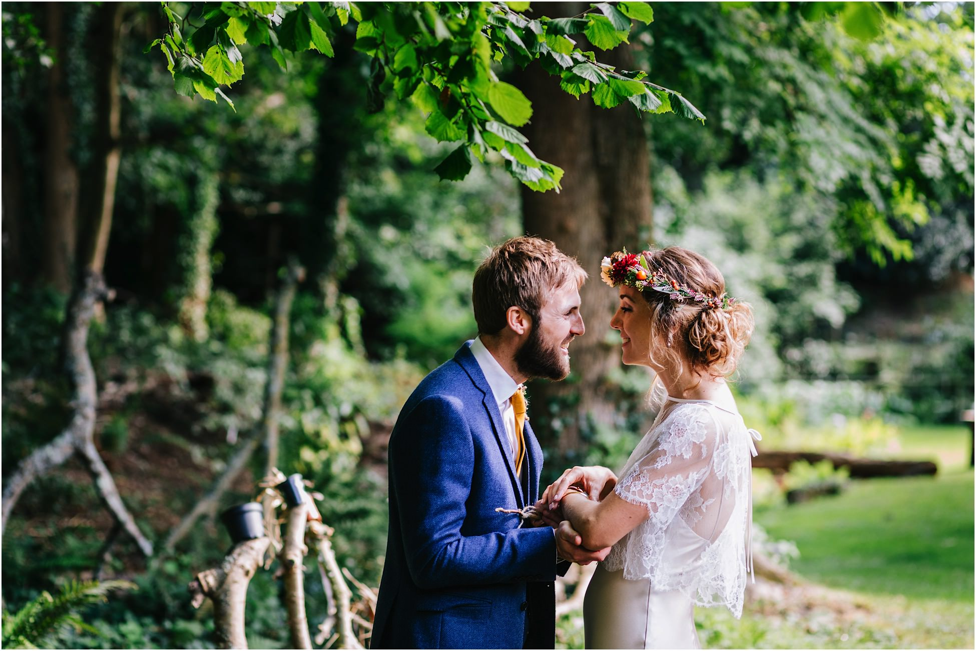 DIY back garden wedding photography